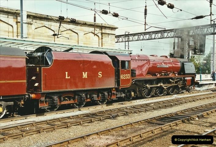 2003-06-14 Northampton-Crewe-Carlisle & Return. The Royal Scptt & 6233 Dutchess of Southerland.  (100)220
