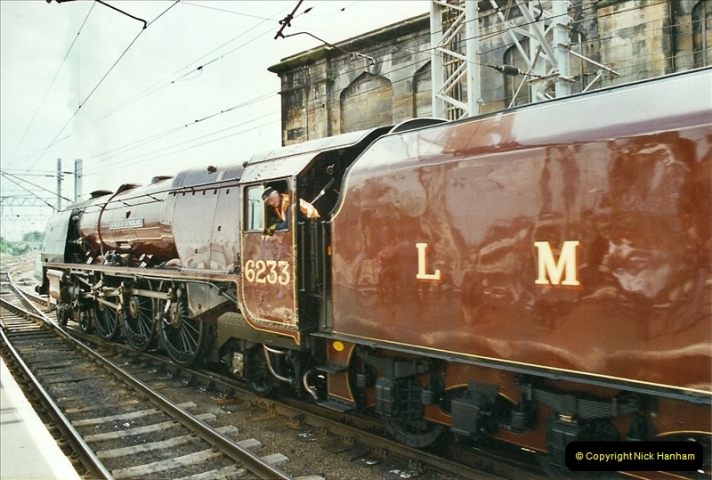 2003-06-14 Northampton-Crewe-Carlisle & Return. The Royal Scptt & 6233 Dutchess of Southerland.  (89)209