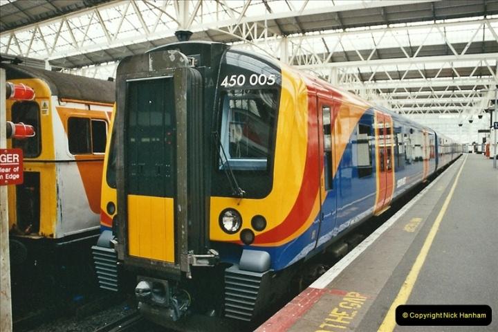 2004-02-12 London Waterloo.  (1)290