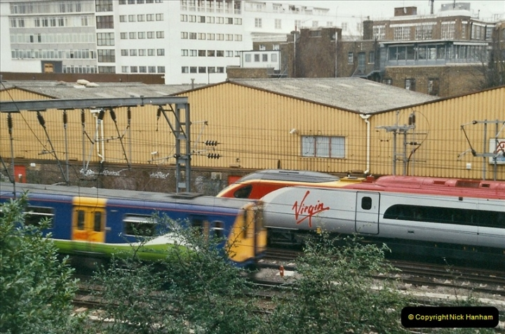 2004-02-13 London Camden Bank.  (6)298