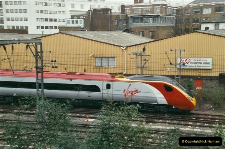 2004-02-13 London Camden Bank.  (7)299