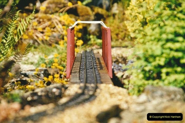 2004-06-30 Stiklepath Garden Railway, Devon.  (4)303