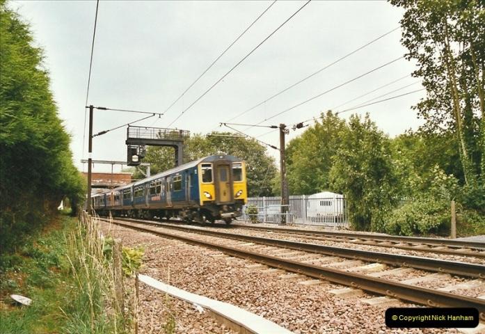 2004-07-20 Near Stanstead, Essex.  (4)309