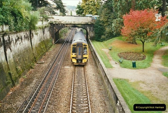 2004-09-29 Sydney Gardens, Bath Spa, Somerset.  (7)358