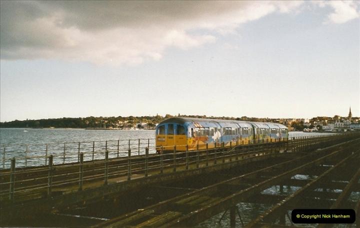 2004-10-18 Ryde IOW. (15) 387