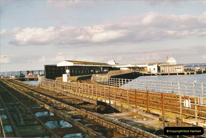 2004-10-18 Ryde IOW. (19) 391