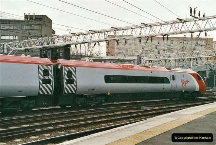 2005-03-10 to 12 London Euston.  (10)407
