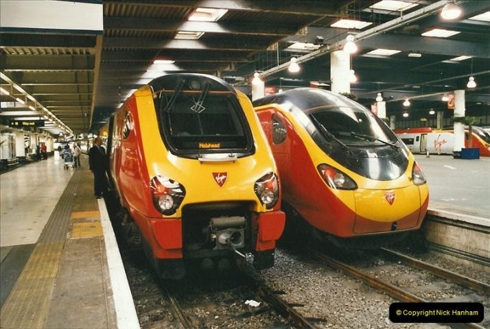 2005-03-10 to 12 London Euston.  (1)398