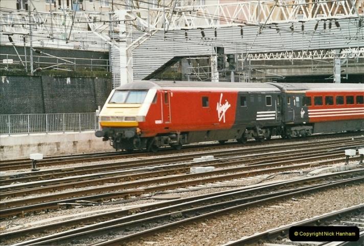 2005-03-10 to 12 London Euston.  (15)412