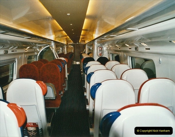 2005-03-10 to 12 London Euston.  (8)405