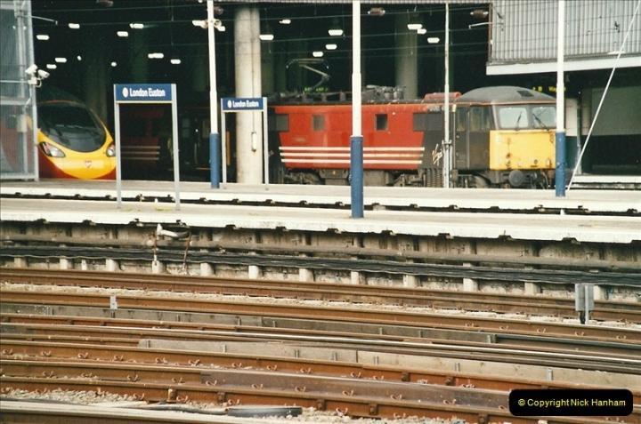 2005-05-09 London Euston.  (12)464