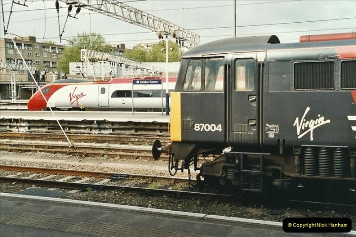 2005-05-09 London Euston.  (13)465
