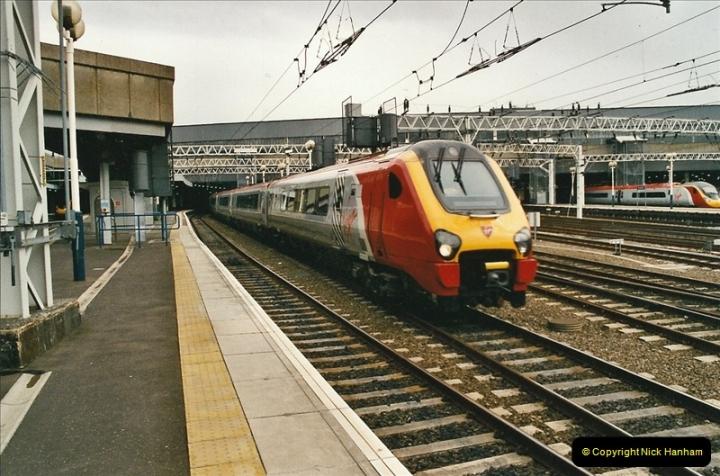 2005-05-09 London Euston.  (8)460