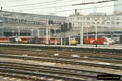 2003-02-21 London Euston.  (13)018