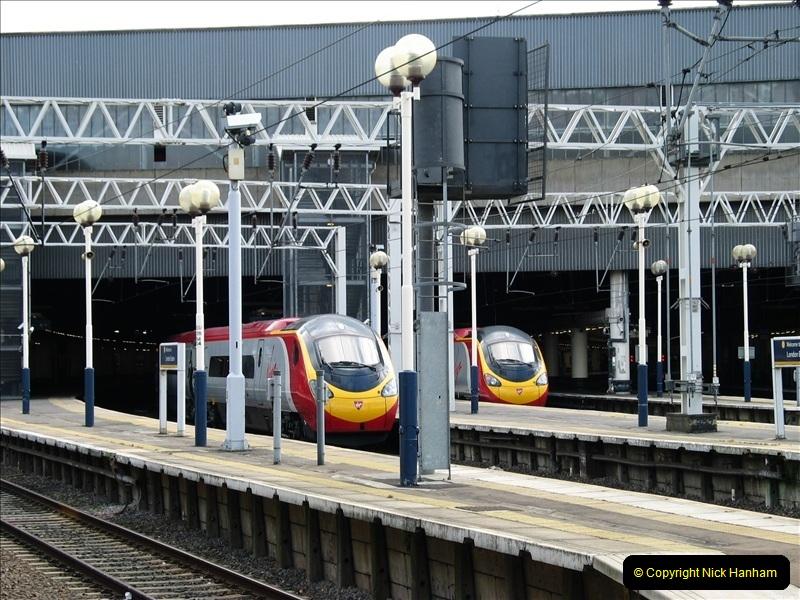 2005-03-12 Euston Station, London. (2) 020