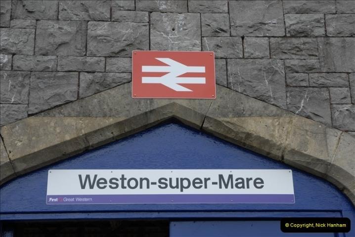 2011-05-18 Weston-super-Mare.  (2)041