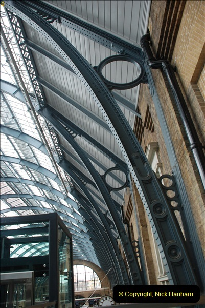 2012-05-05 London Stations.  (36)199