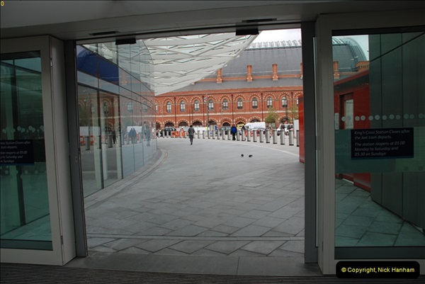 2012-05-05 London Stations.  (42)205