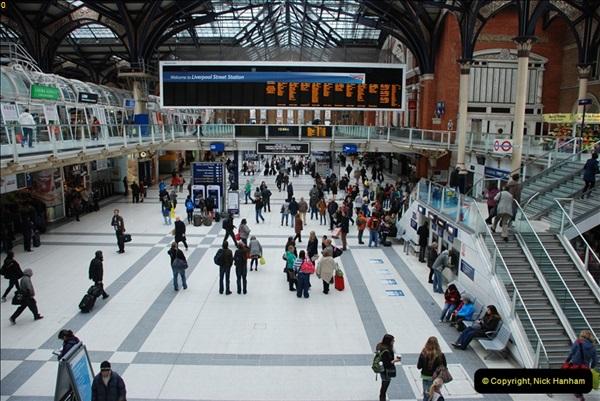 2012-05-05 London Stations.  (53)216