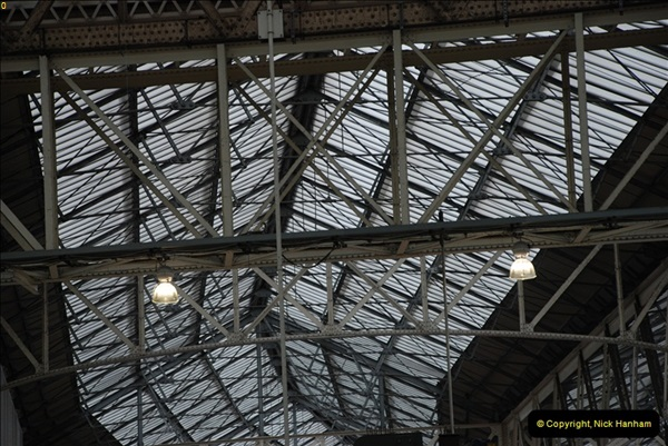 2012-05-05 London Stations.  (69)232