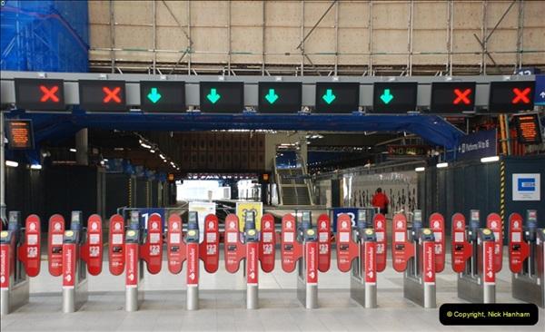 2012-10-07 London Bridge station, London.  (2)365