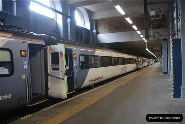 2012-05-05 London Stations.  (29)192