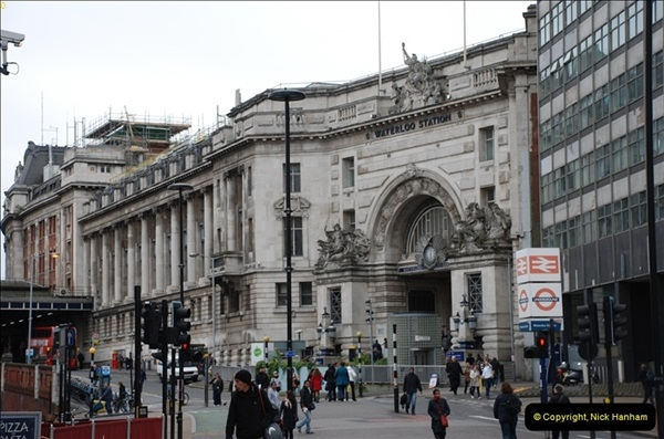 2012-05-05 London Stations.  (60)223
