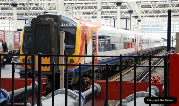 2012-05-05 London Stations.  (64)227