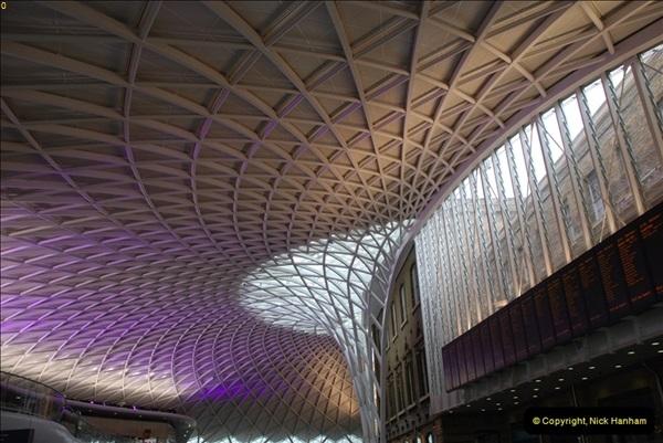 2012-05-05 London Stations.  (8)171