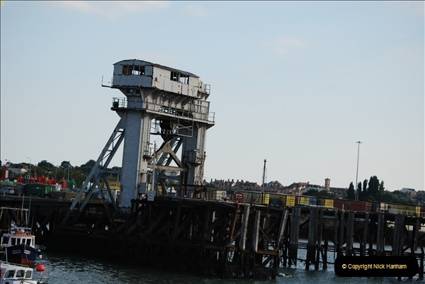 2018-08-14 Harwich, Essex. The old harbour continental Link Span. (1)248