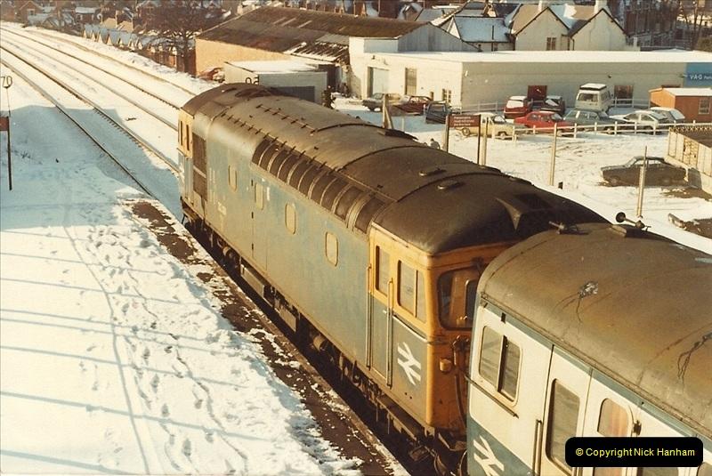 1982-01-11 to 15 Parkstone, Poole, Dorset.   (3)135