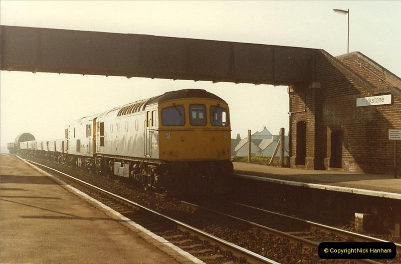 1982-03-25 Parkstone, Poole, dorset.  (9)150