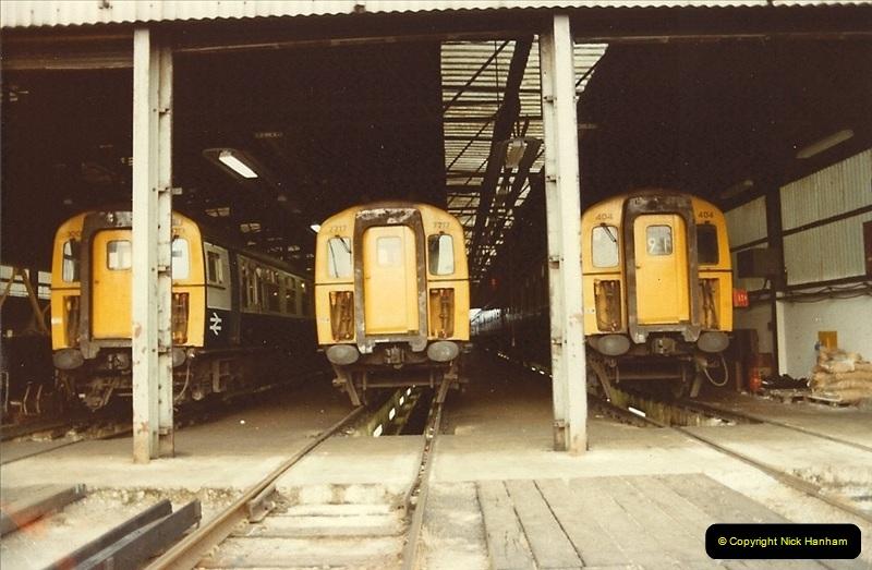 1982-06-08 Bournemouth Depot Visit by SR Volunteers.  (2)156