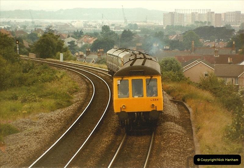 1984-06-30 Parkstone, Poole, Dorset.  (1)165