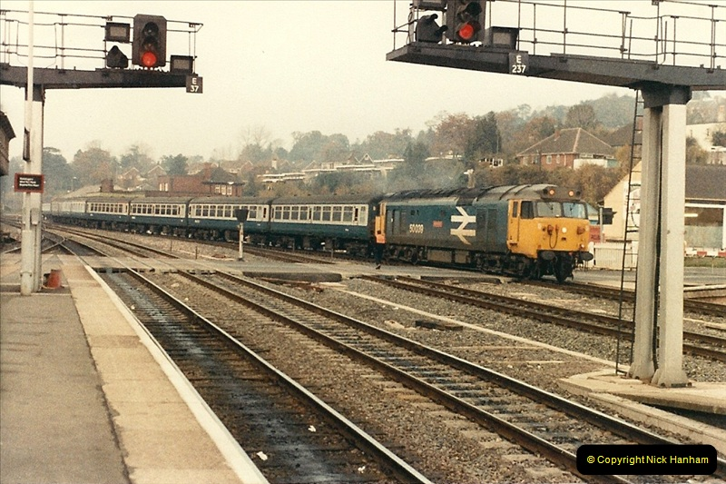1985-11-23 Exeter St. Davids.  (23)245