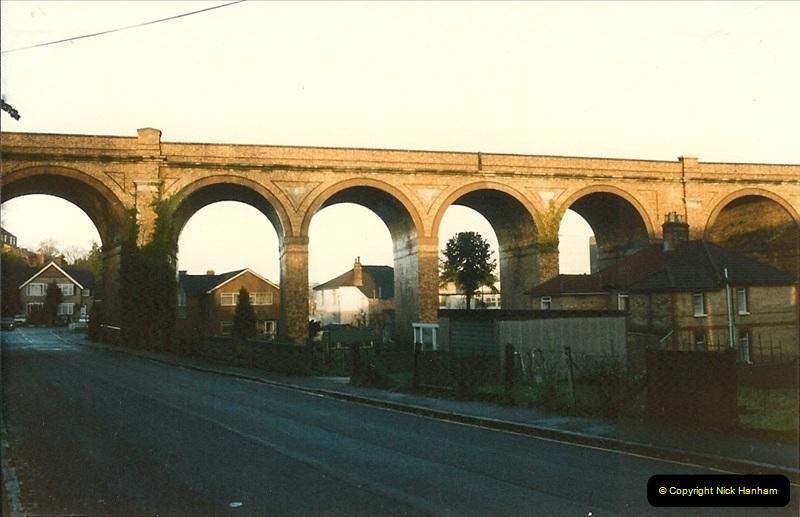 1985-12-07 Branksome, Poole, Dorset.  (1)271