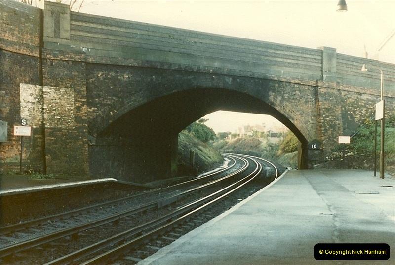 1985-12-07 Branksome, Poole, Dorset.  (9)279