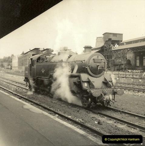 1955 to 1959 British Railways in Black & White. Local Bournemouth & Poole. (32)032