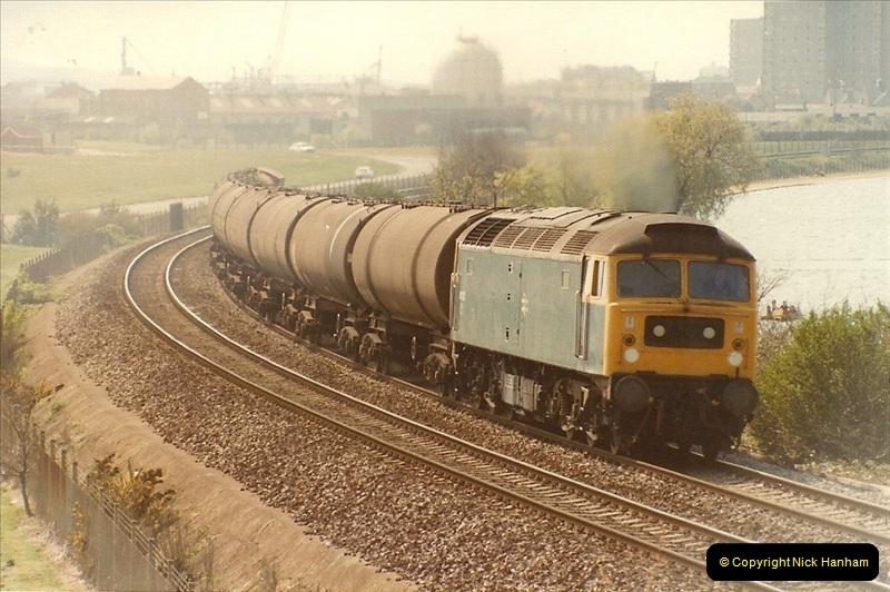 1982-04-27 Parkstone, Poole, Dorset.  (1)153