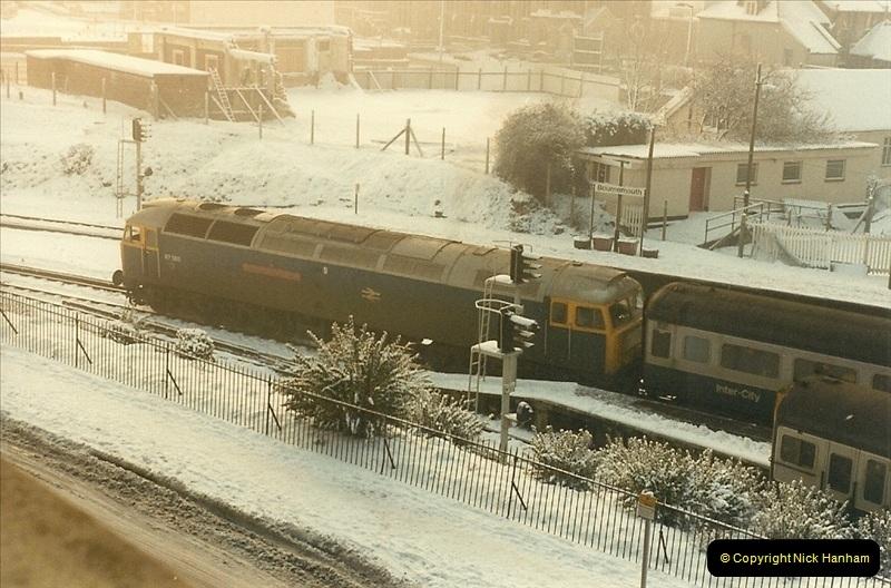 1985-01-18 Bournemouth, Dorset.  (2)195