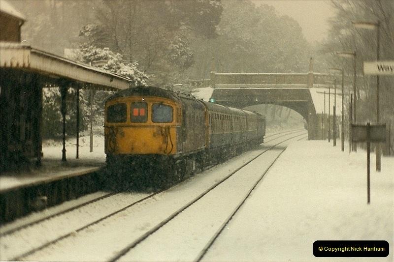 1985-01-18 Parkstone, Poole, Dorset.  (3)198