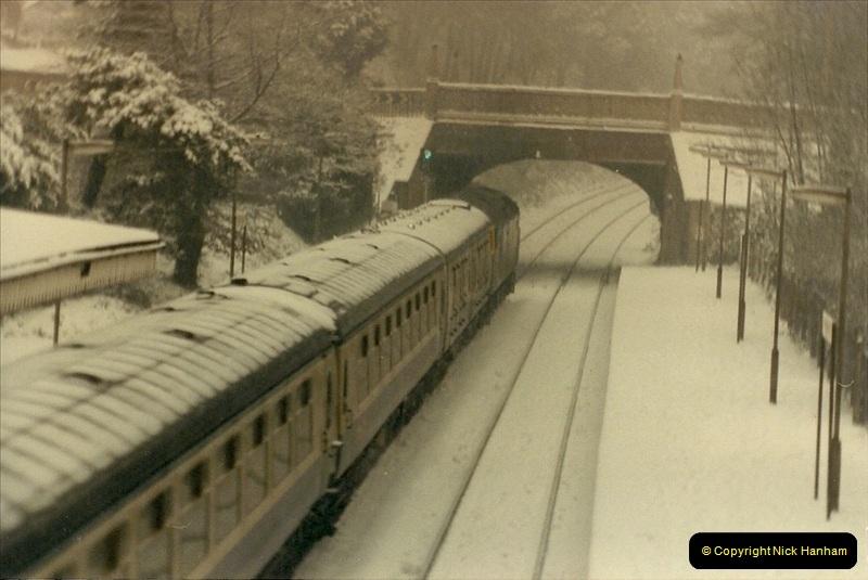 1985-01-18 Parkstone, Poole, Dorset.  (6)201