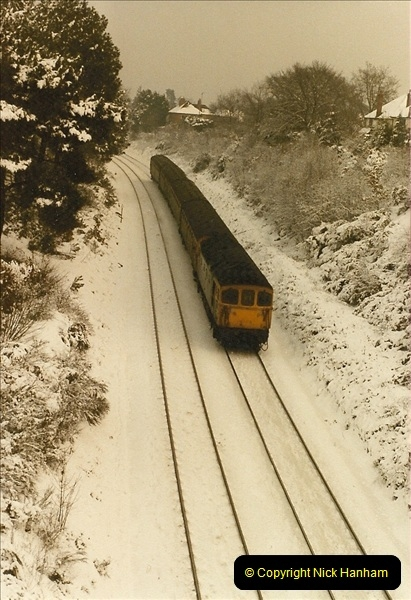 1985-01-19 Parkstone, Poole, Dorset.  (10)215