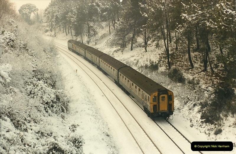 1985-01-19 Parkstone, Poole, Dorset.  (6)211