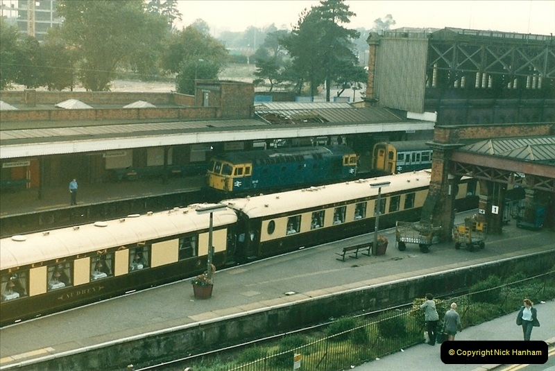 1985-09-20  Bournemouth, Dorset.  (5)224
