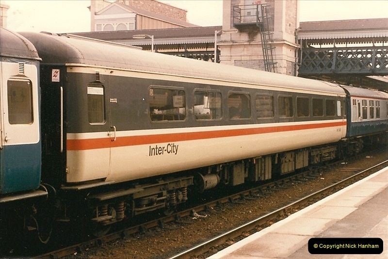 1985-11-23 Exeter St. Davids.  (10)235