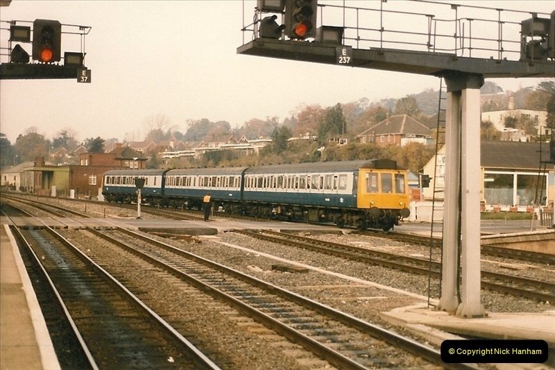 1985-11-23 Exeter St. Davids.  (14)239