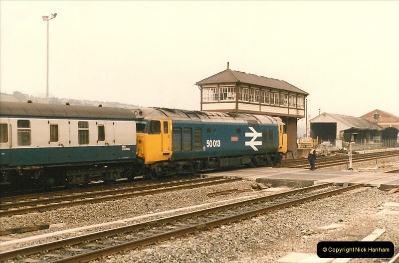 1985-11-23 Exeter St. Davids.  (5)230