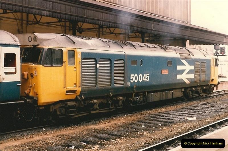 1985-11-23 Exeter St. Davids.  (6)231