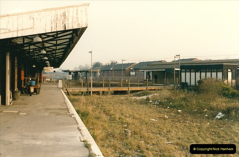 1985-11-24 Dorchester, Dorset. (2)251